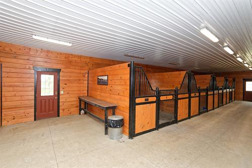 Immaculate high functioning horse barn with 12 stalls at 106 State Route 197, Fort Edward