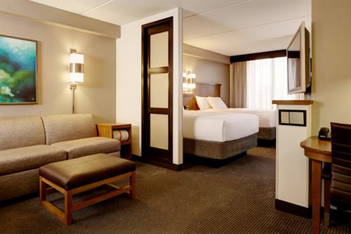 Queen/Queen Standard Room