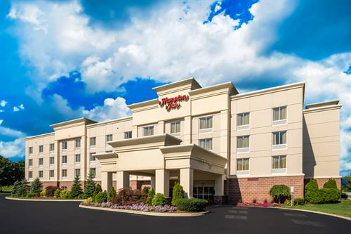 Gallery Image Hampton_Inn_Clifton_Park_NY-Exterior-30-low_res.jpg