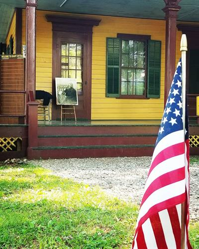 Gallery Image new_color_porch_with_flag_for_holidays.jpg