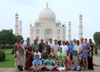 Gallery Image Taj_Mahal_Group_Photo.jpg