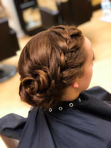 Gallery Image updo_by_steph.jpg