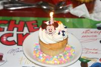 Chef mickey placemate for birthday and cupcake