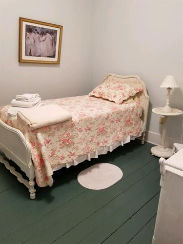 Typical Single Victorian Room