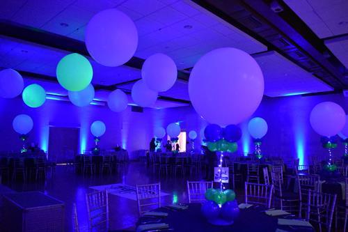 Dance Floor Balloon Decor