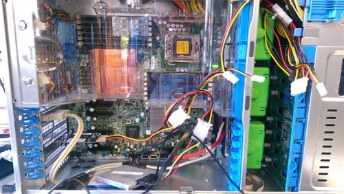 Gallery Image computerinsides.jpg