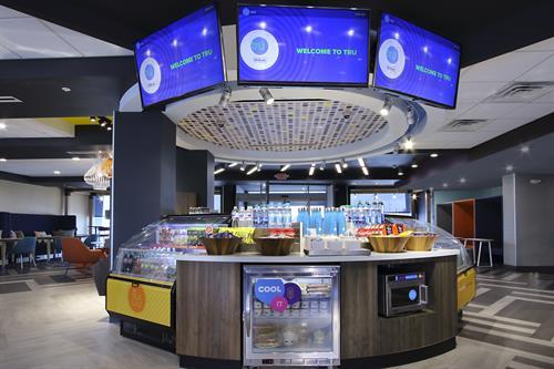Command Center - Front Desk - 24/7 Eat & Sip Market