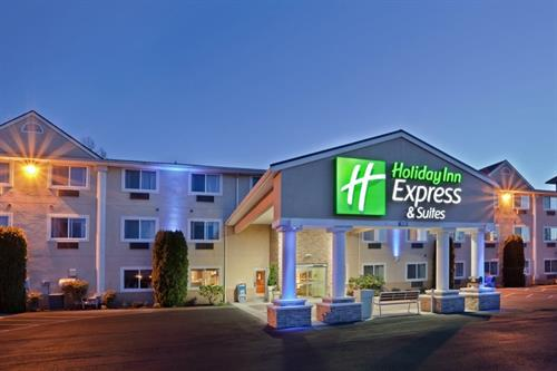 Welcome to the Holiday Inn Express & Suites- Burlington, WA