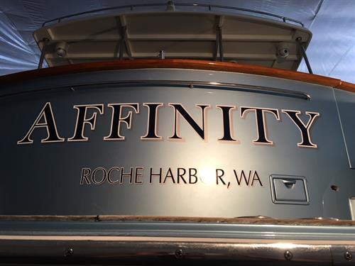 2 color Boat Graphics