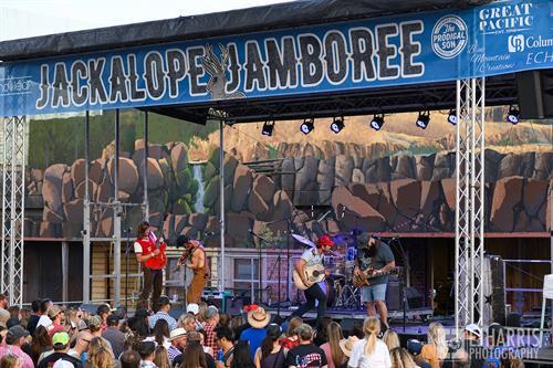 Gallery Image jackalope-jampboree-shane-smith-saints.jpg