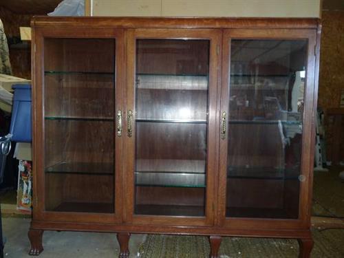 Gallery Image oak_claw_feet_bookcase(1).jpg