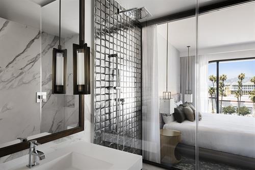 Gallery Image Dream_Hotel_520_BronzeKing_0269.jpg