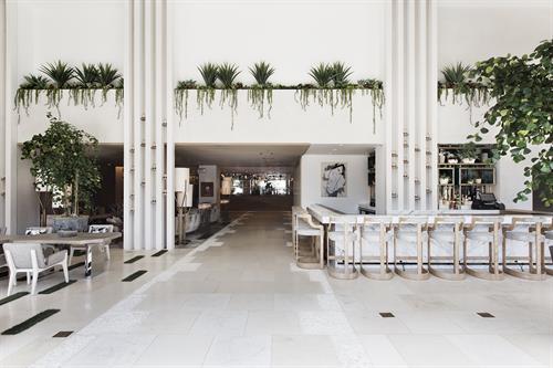 Gallery Image Dream_Hotel_Lobby_0335.jpg