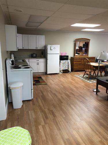 Murphy's Loft Airbnb full kitchen