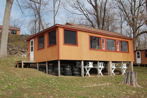 Douglas Cottage, exterior view