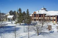 Gallery Image Campus_Beauty_-_Winter.jpg