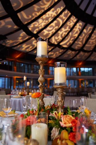 Decorator service with gobo ceiling effects adds elegence to your function