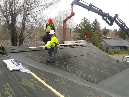 Gallery Image residential_roof_repair_Bend.jpeg