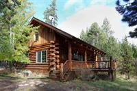 Maluhia 2BR Log Cabin on 5 acres adjacent to Little Deschutes River. Walk through wooded glen and see wildlife.