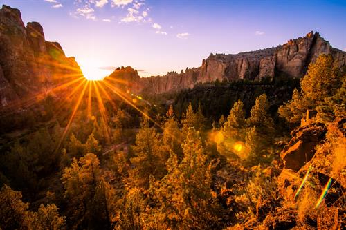 Gallery Image 2015-June-4-Smith-Rock-Sunset-15-1560x1040.jpg