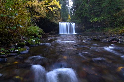 Gallery Image Butte-Creek-Autumn-1560x1040.jpg