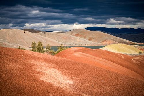 Gallery Image Painted-Hills-Central-Oregon-Storm-1560x1041.jpg
