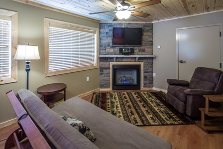 Gallery Image Beaver_Lodge_Living_Room.jpg