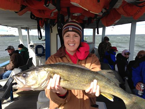 Huge Walleye Fishing at Twin Pines Resort on Lake Mille Lacs in Garrison MN