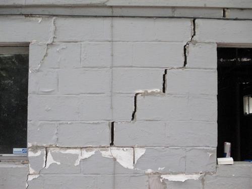 Foundation Crack in Chambersburg PA