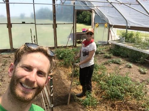 Heartland Farm Volunteeres Welcome!