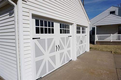 RESIDENTIAL GARAGE DOOR INSTALLATION, REPAIR AND SERVICE