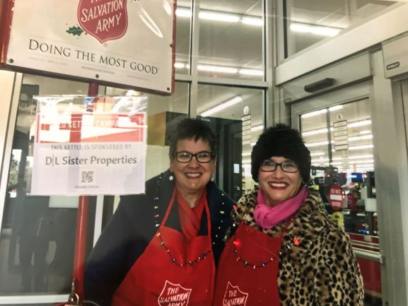 Bell Ringing For Elgin Salvation Army