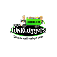 The Junk Luggers of Chicago NW Suburbs