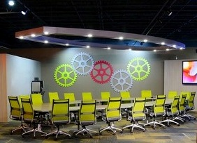 THE ROI R-LAB IS AN INNOVATIVE SPACE THAT WILL EXCITE AND INSPIRE HONORED GUESTS AT YOUR NEXT EVENT OR MEETING.
