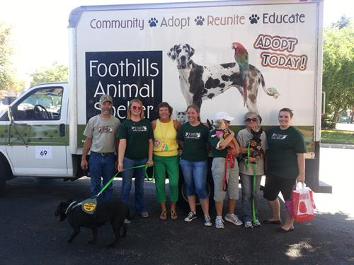 Doris and the Foothills Animal Shelter at th Ralston House .5K