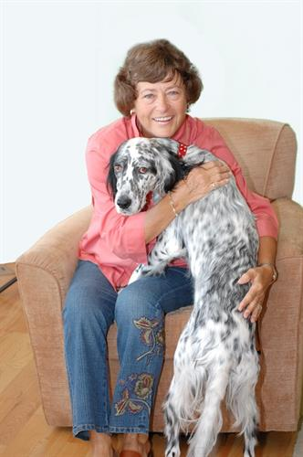 Come meet Doris, Allie (the pooch) & our expert team!