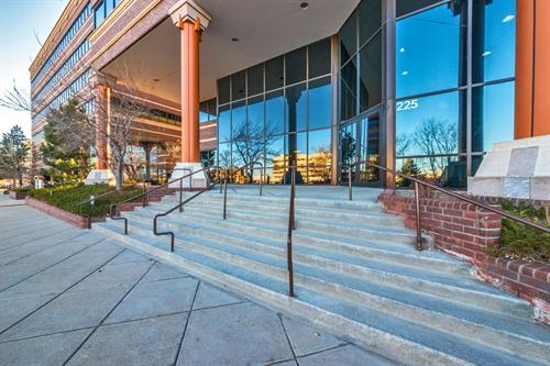 225 Union Blvd #150 - The Lakewood Intelligent Office