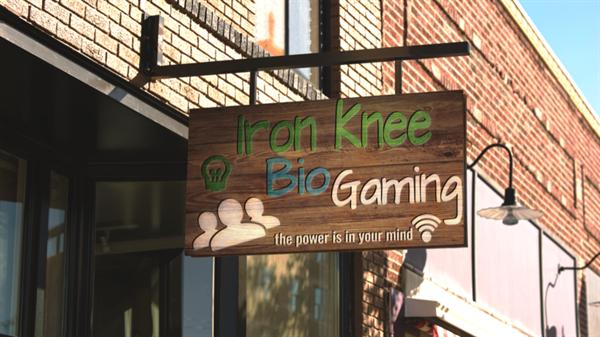 Iron Knee Bio-Gaming