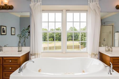100 Southwind Master Bath