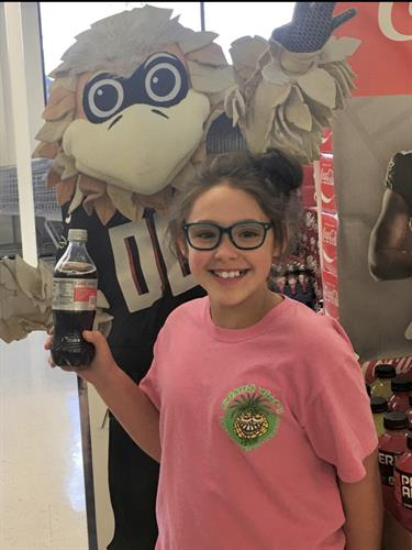 Freddie the Falcon and sweet customers