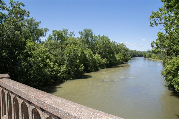 Shenandoah River Elkton crossing