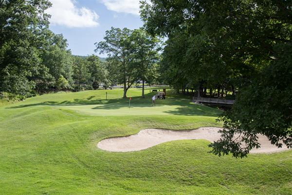 Mountain Greens Golf Course