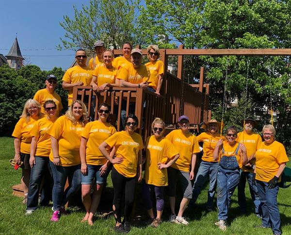 Gallery Image Day_of_Caring_team.jpg