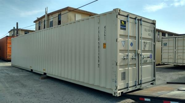 Gallery Image New_40'_Storage_Container_Exterior.jpg