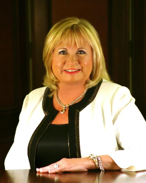 Carolyn B. Smith is the President and founder of the Marketplace Insurance Agency & ElderCare Associates, Inc. She has been a licensed agent for over 40 years and is passionate about her career.