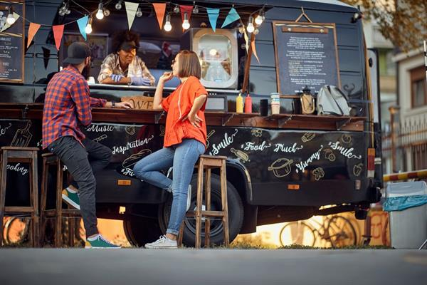 Gallery Image Food-Trucks-With-Online-Ordering.jpg