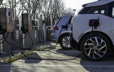 Gallery Image 2_cars_charging.jpg