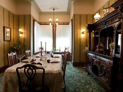 Gallery Image RH_Diningroom.jpg