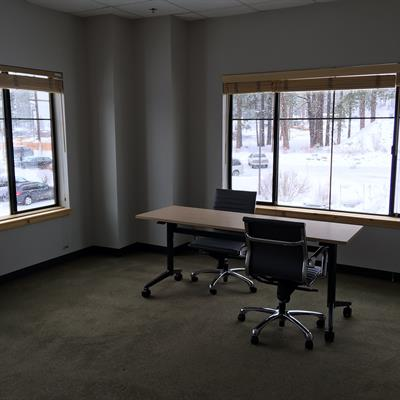 Gallery Image small_office.JPG