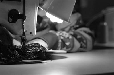 Gallery Image PRODUCTION_-_SEW_HAT.jpg